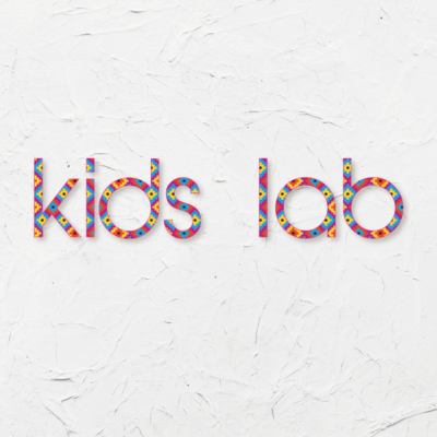 KIDS LAB txt 900 x 900-01